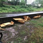 Comerio – Pezzi di mobilia sono stati abbandonati nottetempo da incivili
