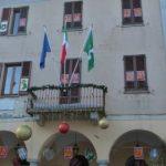 Calendario dell Avvento sulla facciata del municipio e non solo