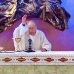 """Messa celebrata da Don Giovanni in memoria dei soci CAI """"andati avanti."""""""