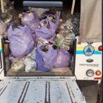 Un ciclista che non vuole dichiarare il suo nome ha raccolto un numero di sacchi di indifferenziata per 6 viaggi del camioncino del comune