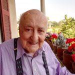 """""""Bisogna avere mani sensibili per poter diventare orologiaio riparatore"""" – Santino Ferrario 102 anni"""