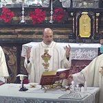 Domenica 10 Gennaio 2021 durante la Messa Don Luca Caveada comunica che andrà negli Stati Uniti